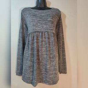 Isabel maternity top size medium grey
